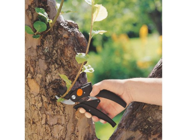Fiskars snoeischaar power-Lever bypass