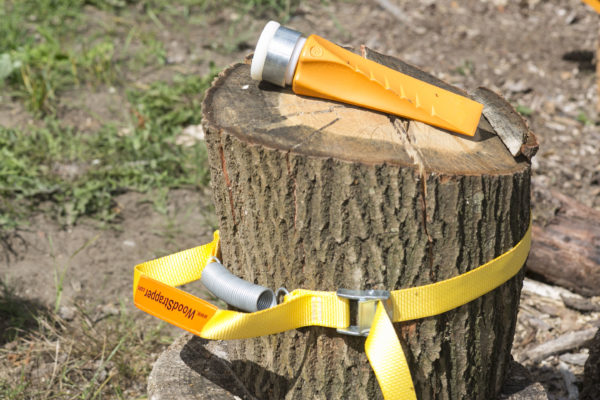 fiskars-splijtkeil-security-en-woodstrapper-2